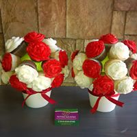 Petites Sucreries - Cupcakes (Crème au beurre) Bouquets de Fleurs